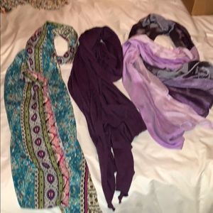 Lot of three purple scarves